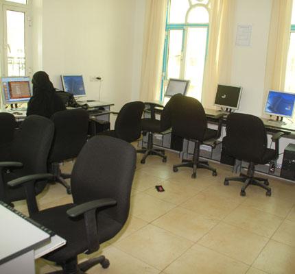 معامل المهارات - الجامعة اليمنية الأردنية
